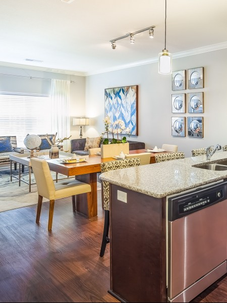 Spacious Dining Room | Apartments Kansas City | The Retreat at Tiffany Woods