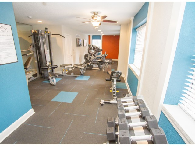 Community Fitness Center | Apartments Kansas City | Infinity at Plaza West