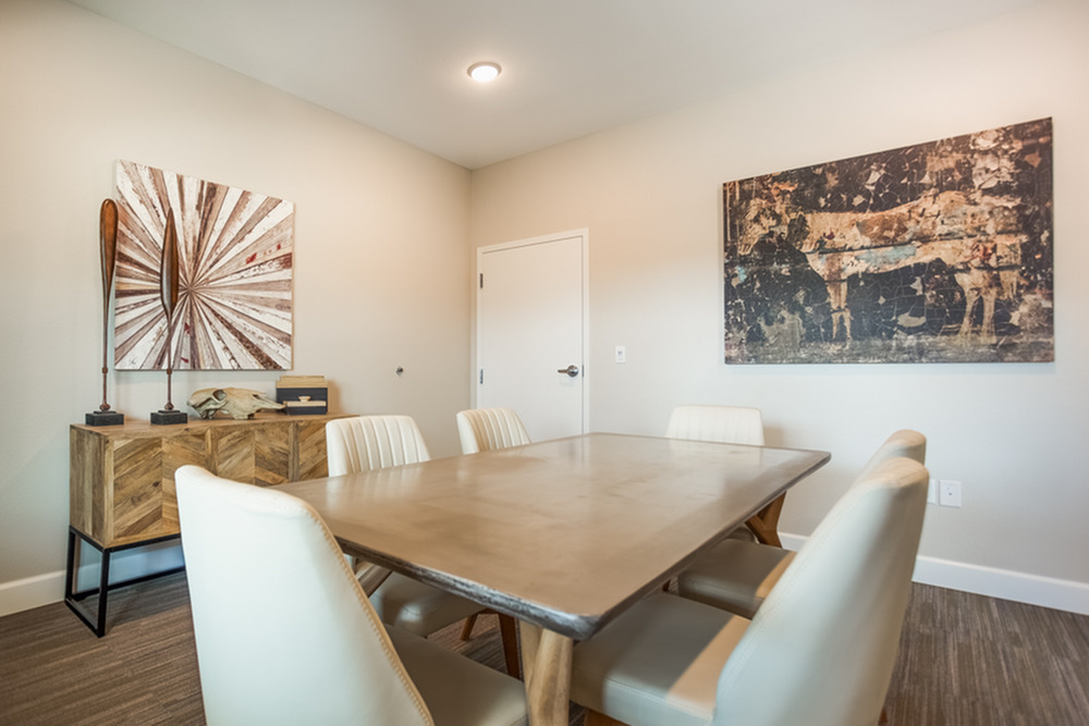 Friendly Office Staff | Apartments Kansas City | Kinsley Forest