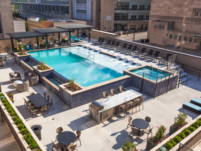 Image of Private Rooftop Pool for Power & Light KC Apartments