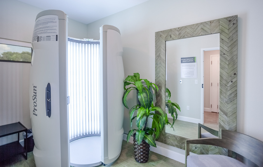 Free Tanning | Kansas City Apartments | Kinsley Forest