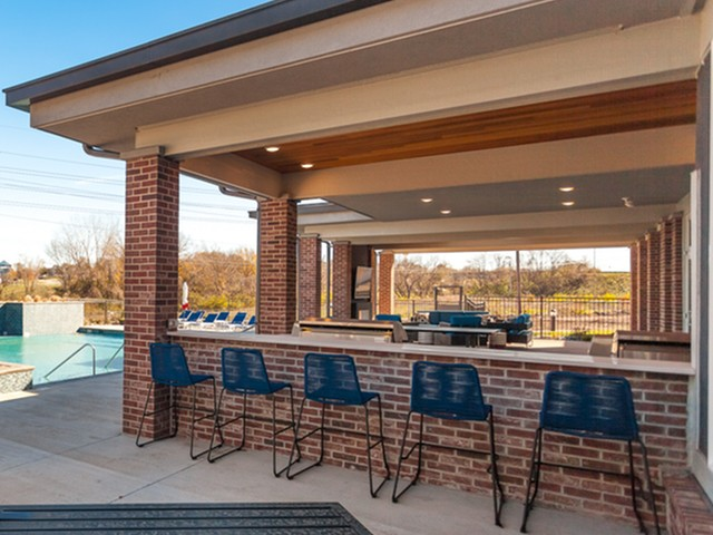 Community BBQ Grills | Apartment Homes In Lees Summit | Summit Square