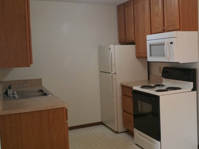 Image of Fully-equipped kitchen for Country Bluff Apartments