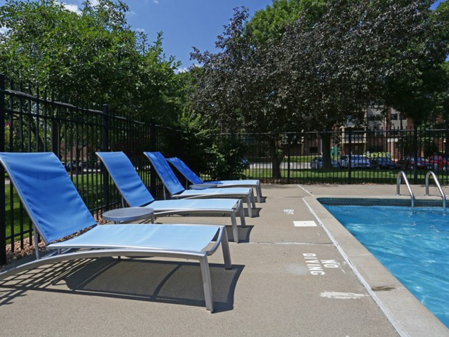 Image of Outdoor heated swimming pool with sundeck for Westwind Apts
