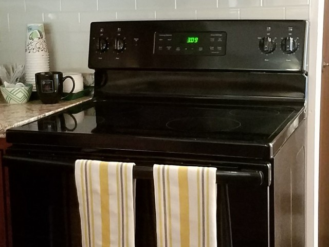 Image of Electric range for Westwind Apts