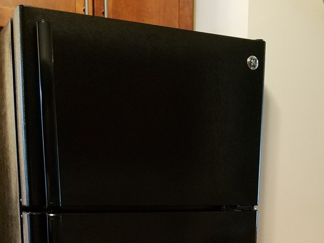 Image of Refrigerator with frost-free freezer for Rivergreens Apartments