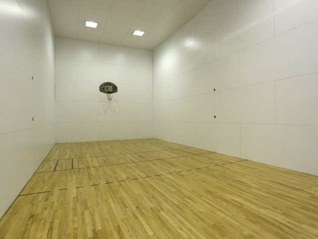 Image of Sport court for Rivergreens Apartments