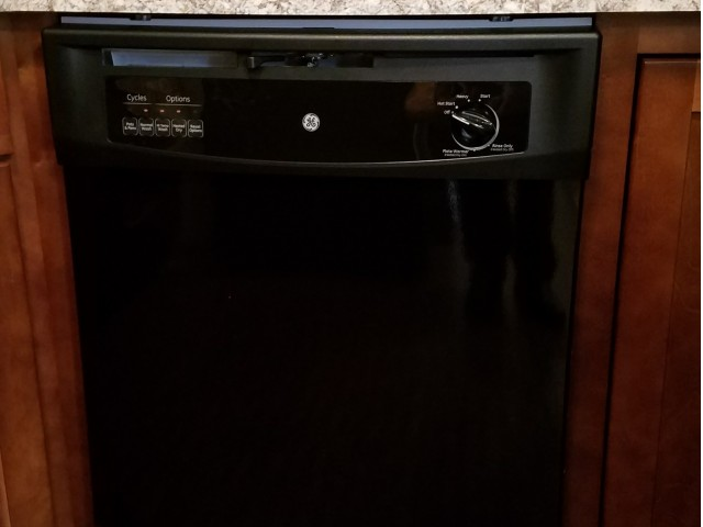 Image of Dishwasher for Creekside Apartments