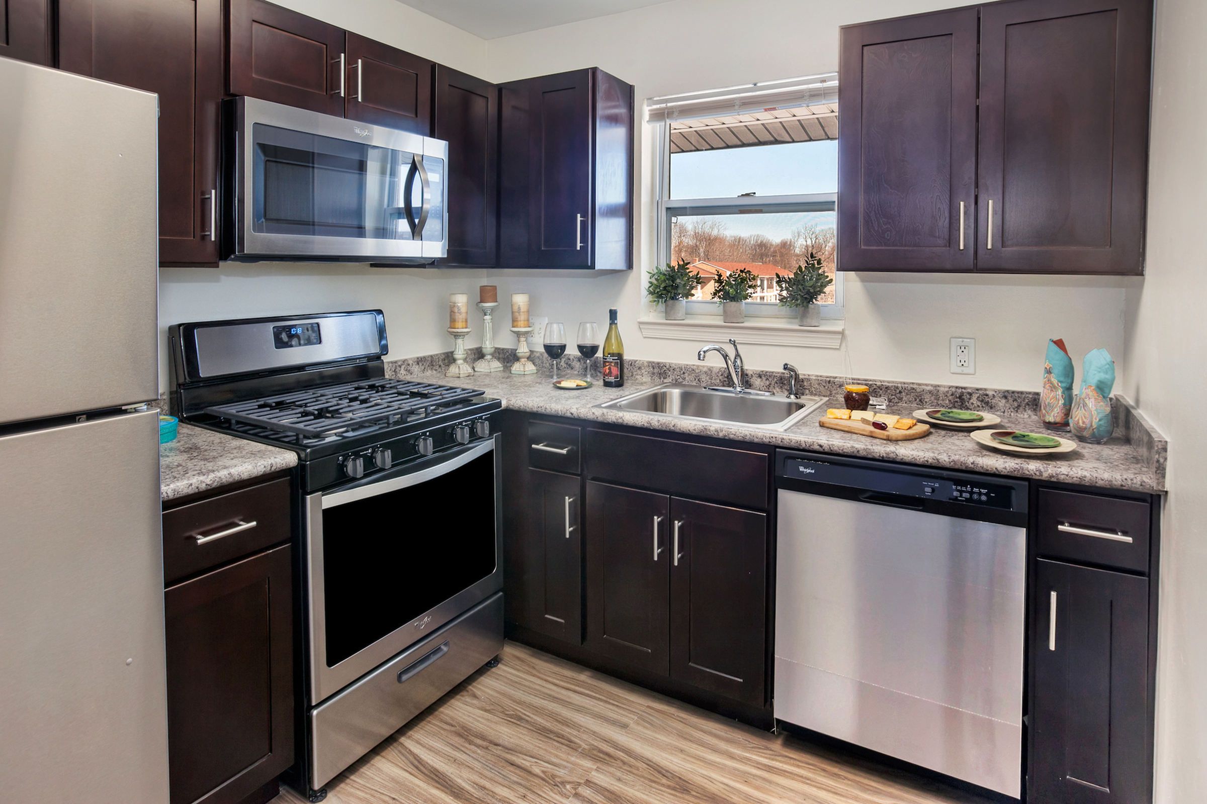 State-of-the-Art Kitchen   Pitman Apartments   Holly Court
