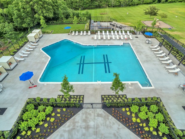 Resort Style Pool | Somerset Apartments | The Harrison