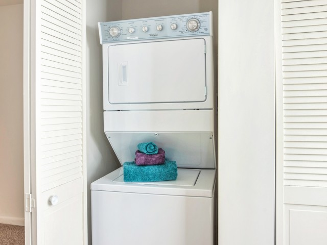 Washer/Dryer in Unit Available | Pitman New Jersey Apartments for Rent | Holly Court