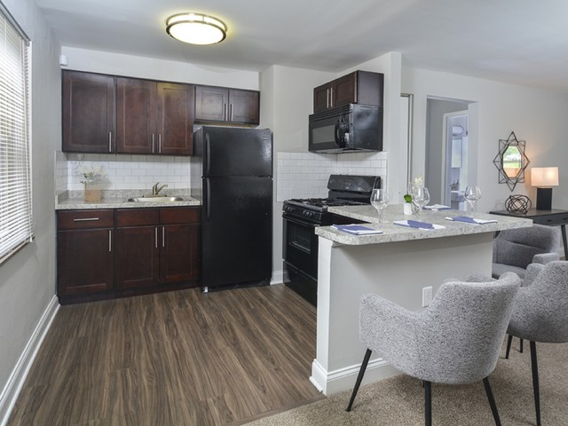 Elegant Kitchen | Apartments In Pittsburgh | The Alden