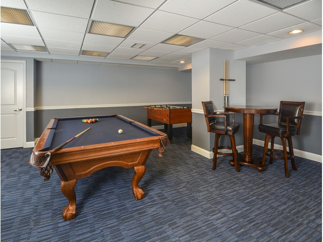 Resident Game Room | Luxury Apartments In Cherry Hill NJ | Cherry Hill Towers