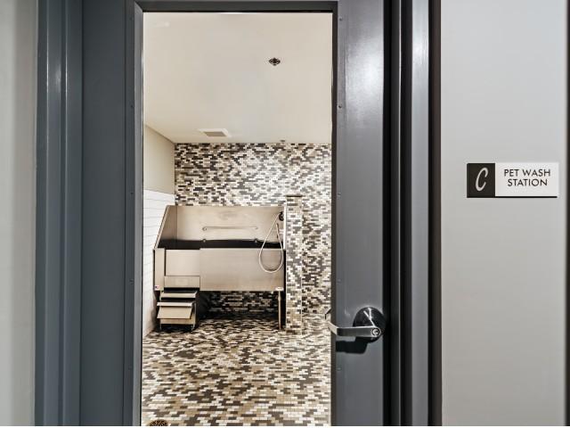 Pet Wash Station | North Hills Pittsburgh Apartments | Cosmopolitan