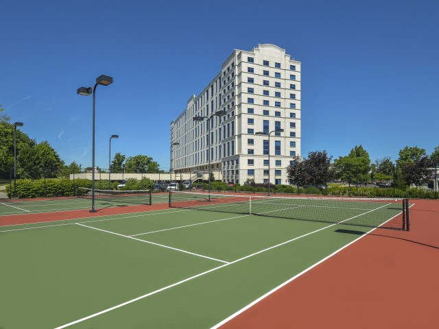 Community Tennis Court | Luxury Apartments In Cherry Hill NJ | Cherry Hill Towers