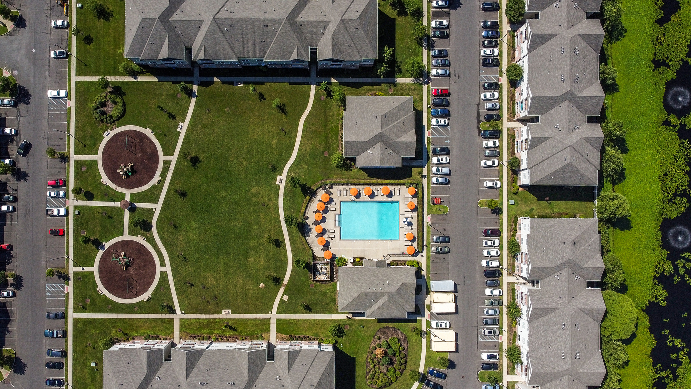 apartments with pool and playground