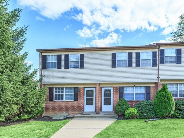 Townhomes For Rent In Bethlehem PA | River Pointe