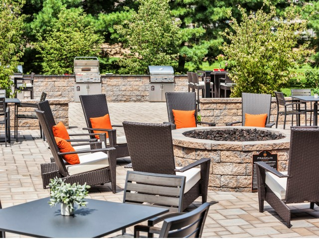 Apartments In Bensalem Pa | Sundeck Seating | Franklin Commons