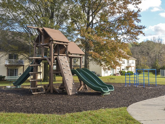 Resident Children\'s Playground | Elkton Maryland Apartments | The Apartments at Iron Ridge