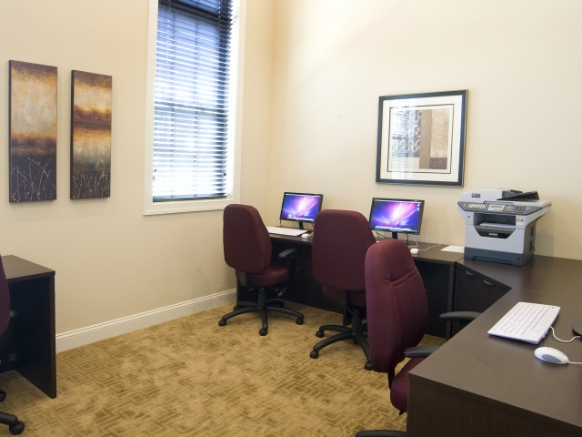 Friendly Office Staff | Piscataway NJ Apartments For Rent | Aspen Court