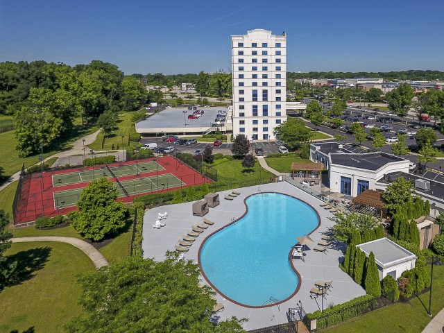 Resort Style Pool | Apartments in Cherry Hill, NJ | Cherry Hill Towers