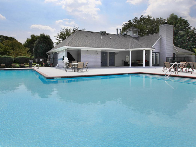 Olympic Swimming Pool | Apartments Elkton MD | Stonegate at Iron Ridge