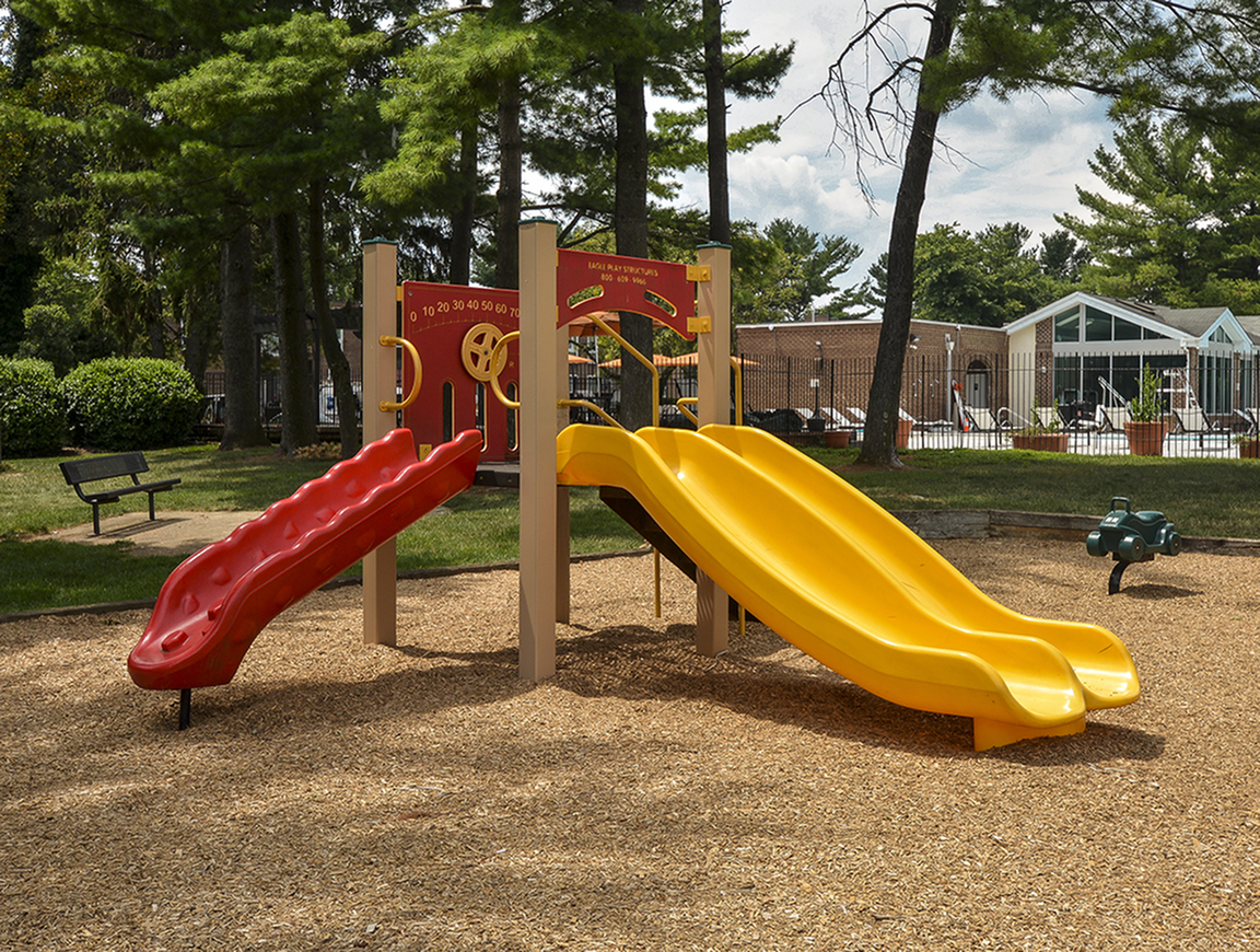 Resident Children\'s Playground | Apartments Homes for rent in Baltimore, MD | Metro Pointe Apartment Homes