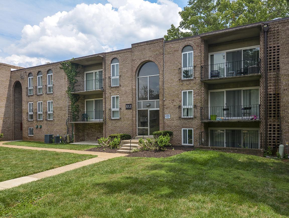 Baltimore Apartments | Metro Pointe