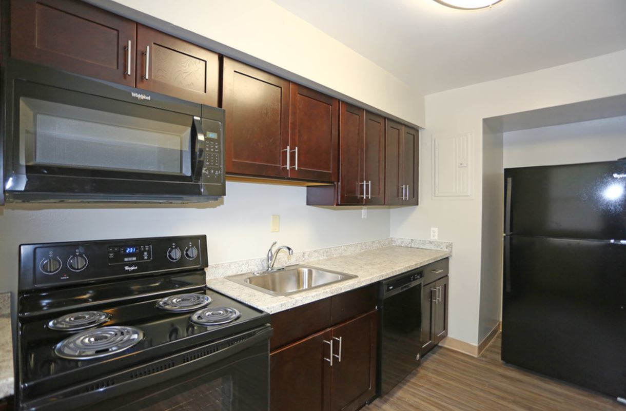 Apartment Homes In Baltimore | Greens at Forest Park