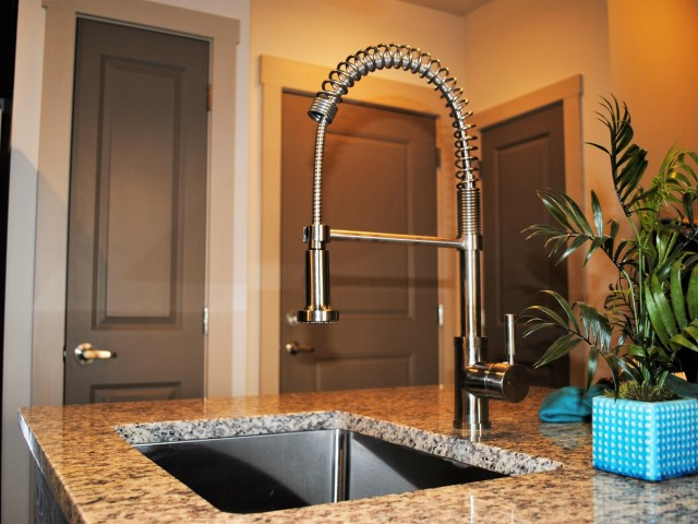 Image of Under-mounted Stainless Kitchen Sinks with Extendable Gooseneck Faucets for 4700 Colonnade