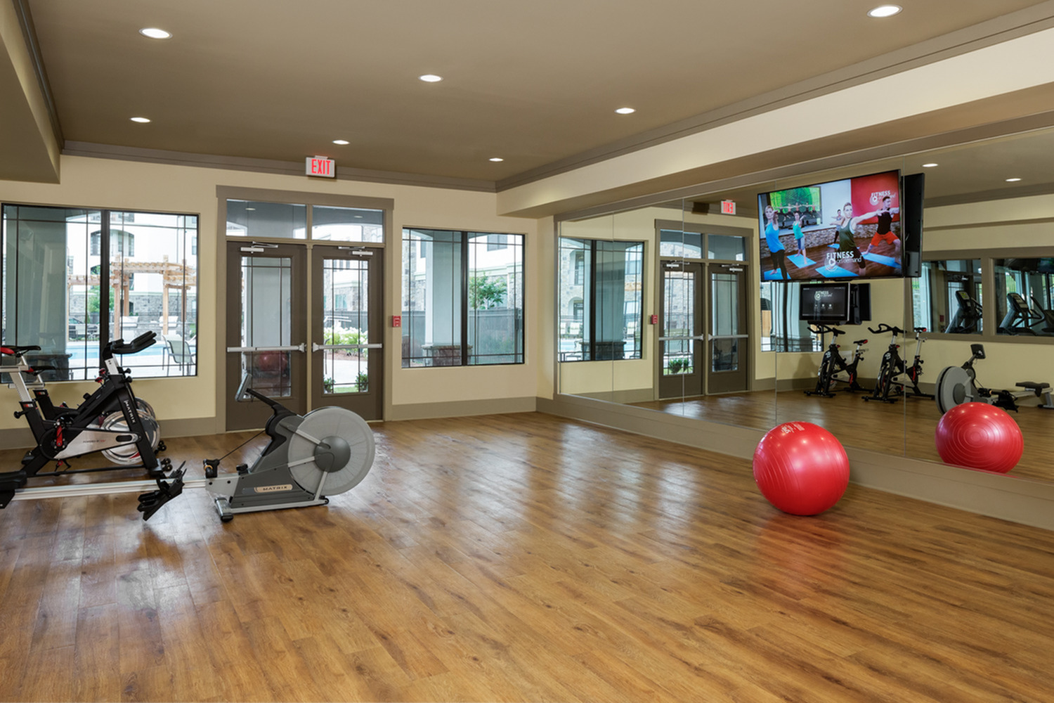 Image of Functional Training and Yoga Studio for 4700 Colonnade