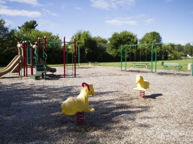 Community Children\'s Playground | Apartments For Rent Indianapolis | Fountain Lake Villas