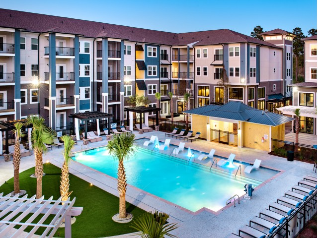 Sparkling Pool | Ladson Apartments | The Lively Indigo Run