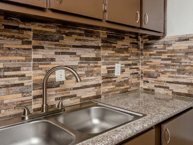 Image of Tiled Backsplashes* for Parkgreen on Gessner
