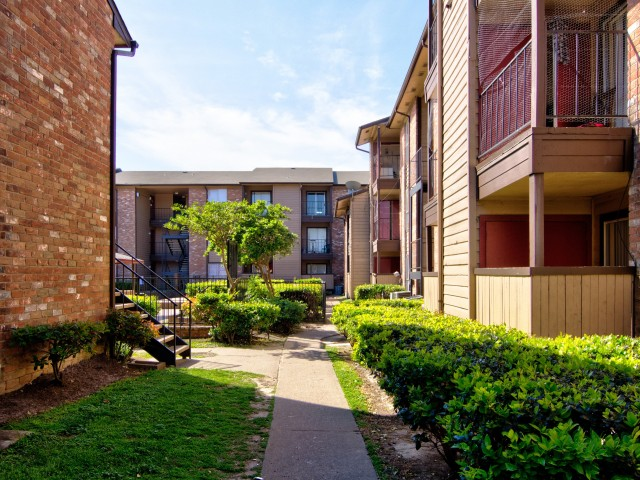 Image of Beautiful Courtyards for Victoria Park
