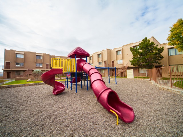 Image of Playground for La Estancia