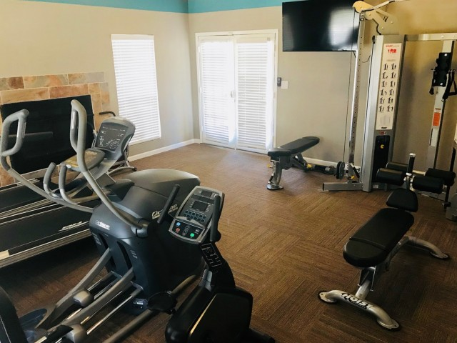 Image of 24  Hour Fitness Gym for Santa Fe Place