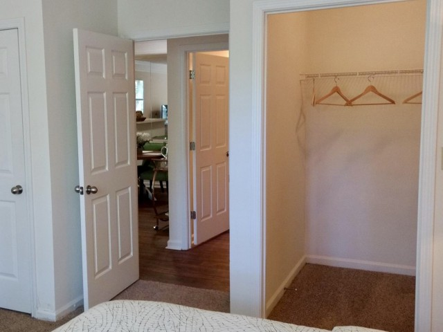 Image of Walk-in Closets for Lake St. James