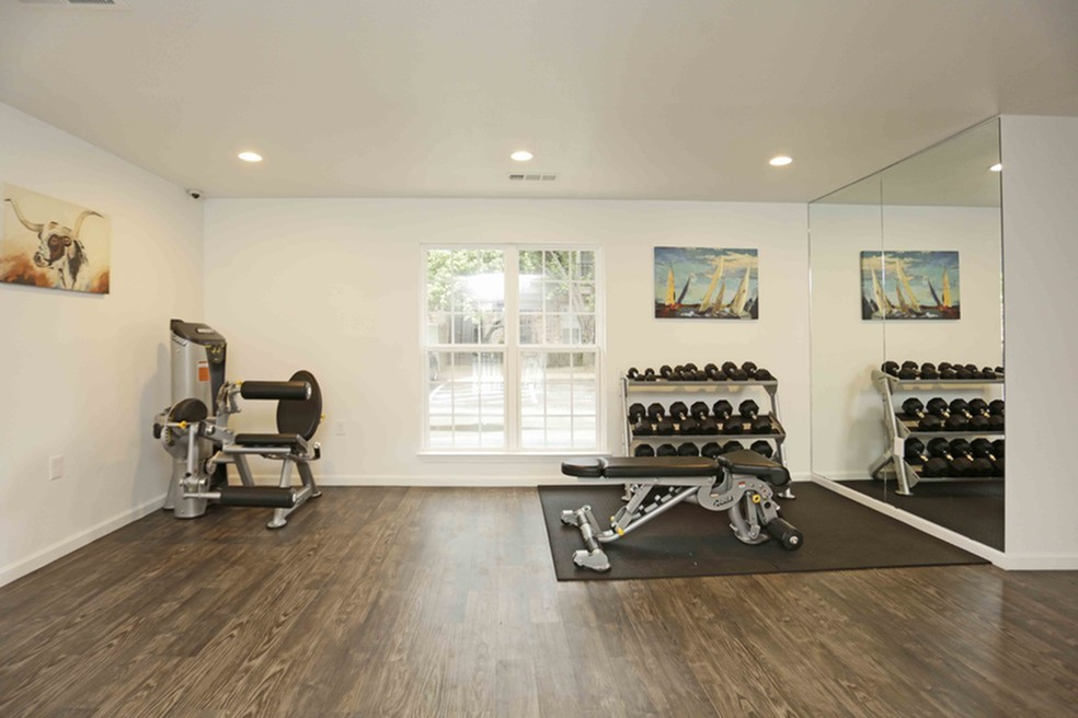 Resident Fitness Center | Apartments Richardson, TX | Belle Grove