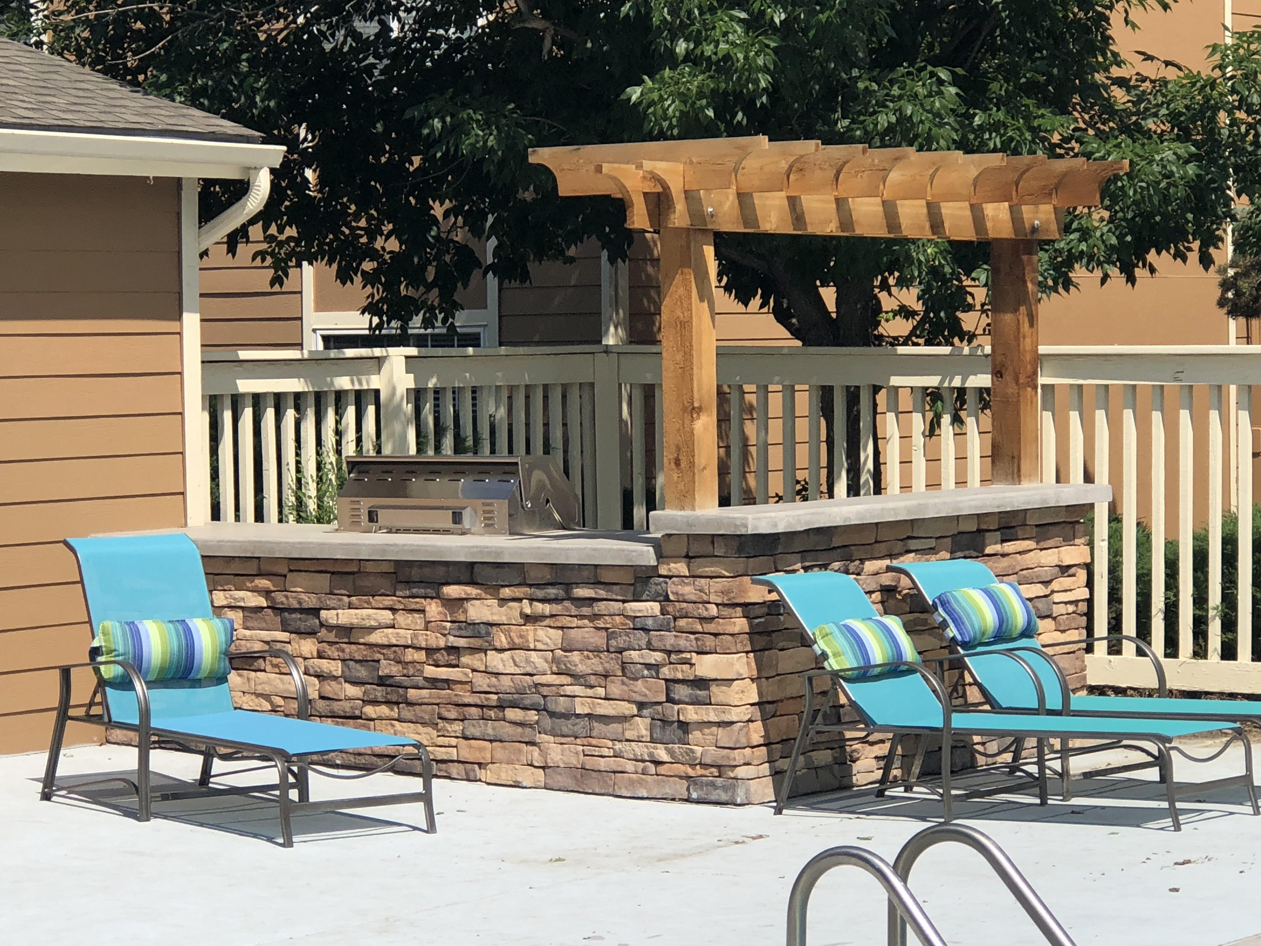 Resident Sun Deck   Colorado Springs CO Apartment For Rent   Antero