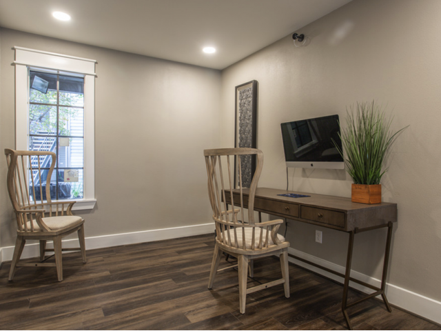 Upgraded Business Center | Apartments in Houston, TX | Steepleway Downs
