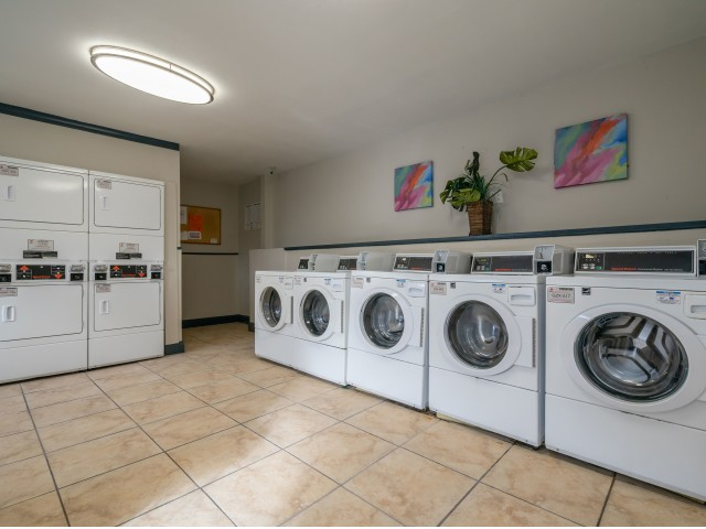 Image of Laundry Facilities for Belleza Apartments