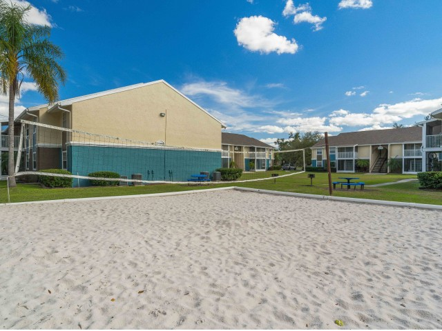 Image of Volleyball Court for Belleza Apartments