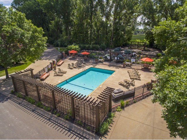 Image of Swimming pool with sundeck for PARK GLEN APARTMENTS