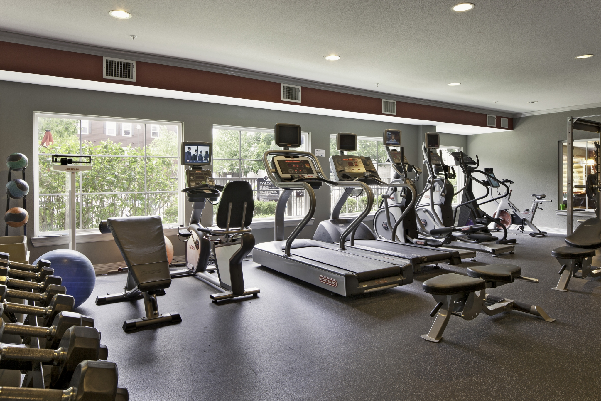 Fitness Center at The Commons on Kinnear Apartments in Columbus