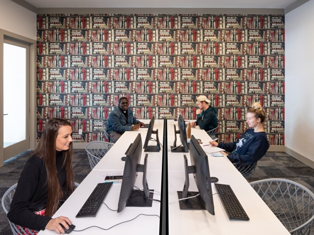 Computer Lab with Free Printing