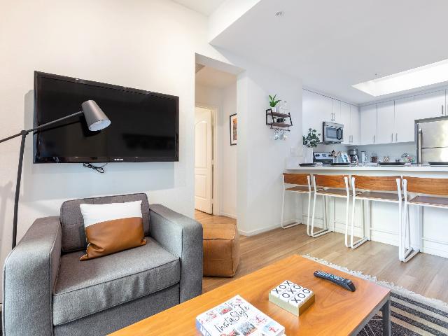 Resident TV Lounge
