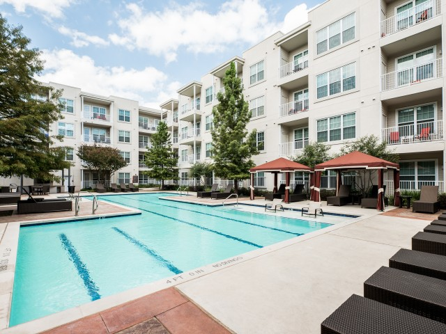 Image of Two exquisite courtyard pools for 4110 Fairmount