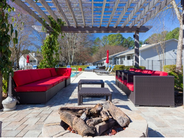 Image of Outdoor Community Spaces Designed to Let You Enjoy Georgia's Sun-filled Days and Cool Evenings. for Avana Druid Hills