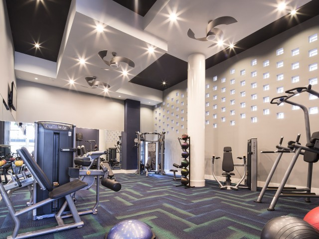 Image of State-of-the-art fitness with yoga, spinning and aerobics for Cyan On Peachtree